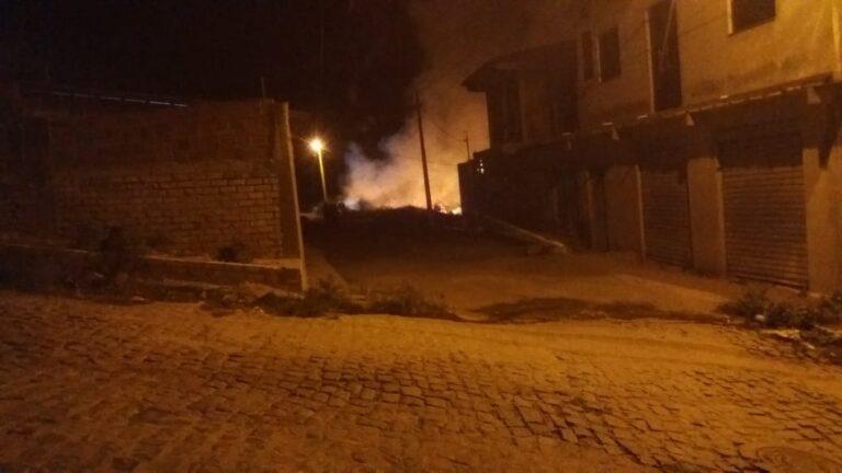 Incêndio destrói pasto em bairro de Campo Formoso