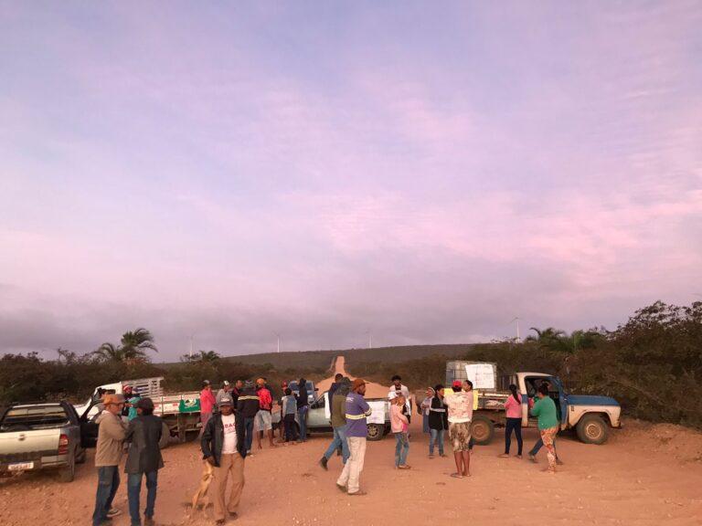 Protesto em estrada de parque eólico de Campo Formoso chega ao 2º dia